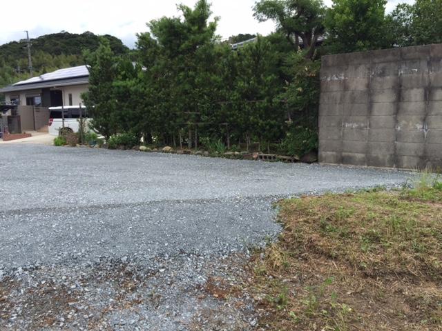 砂利敷き工事後写真3.JPG